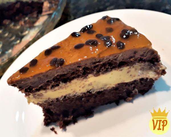 Receta para pastel de chocolate con relleno de mousse de maracuyá - Paso 7
